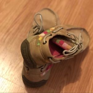 Sperry Shoes - Used but in great condition girls Sperrys